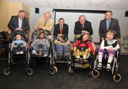 gI 62365 Children supported by Diverse Abilities Plus meet Rugby legends Phil Bennett OBE and David Duckham M Rugby World Cup Kicks Off with Successful Charity Lunch